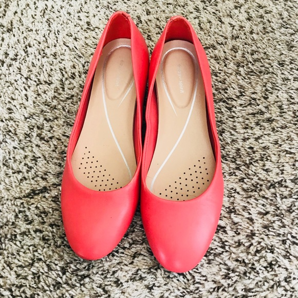340ddd381cc Easy spirit shoes coral low heel poshmark jpg 580x580 Coral low heel shoes